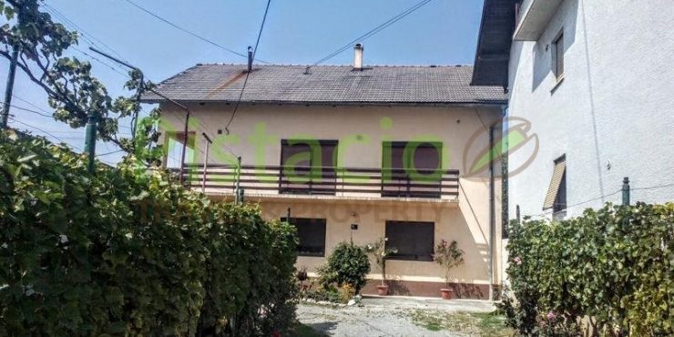 Detached house for sale Podsused 367 sqm, yard 444 sqm